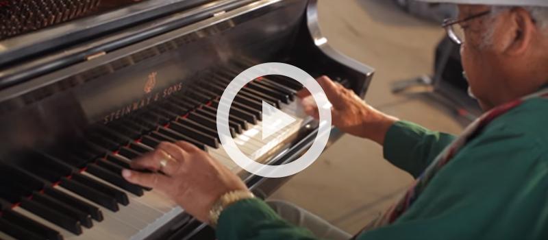 """Pianist Ellis Marsalis performing """"Twelve's It"""""""